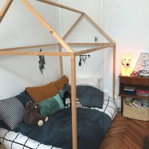 une chambre cabane zaza home. Black Bedroom Furniture Sets. Home Design Ideas